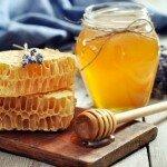 Рецепты лечения прыщей с помощью меда
