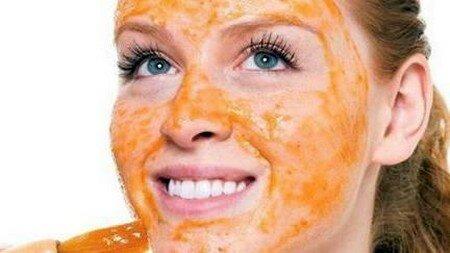 Применение морковной маски против прыщей