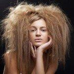 Неприятно, но надо: как вывести прыщи в волосах на голове